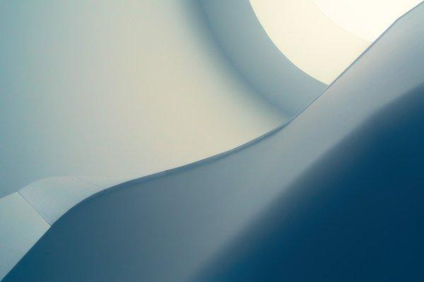 Abstrakte Kunst blau-weiß