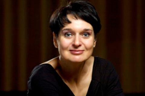 Christine Hansmann
